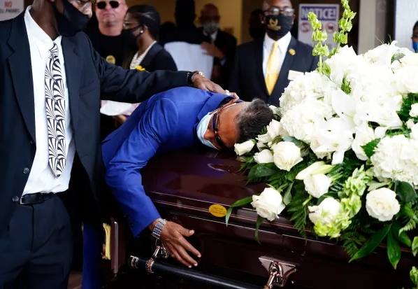 Exclusive Pictures From Shock G's Funeral