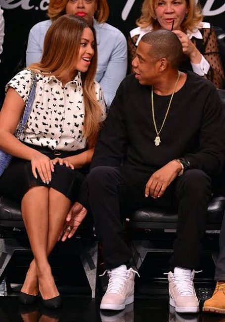 """Tina Knowles Explains The Jayonce Leg Rub: """"It's Because They're In Love"""""""