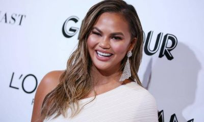 Chrissy Teigen Issues Public Apology To Other People She Bullied