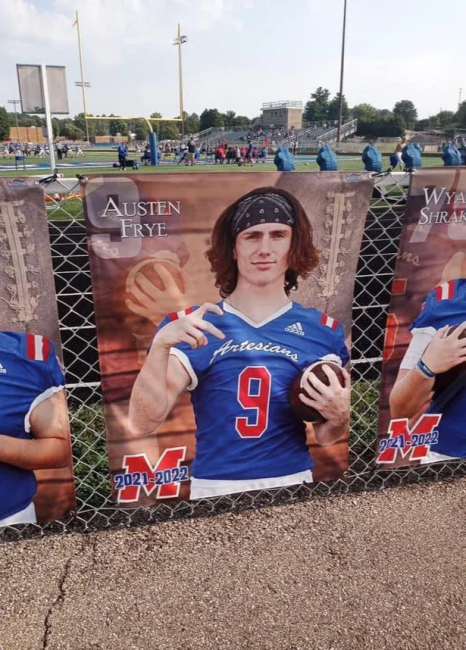 Martinsville High School Football Player Austen Frye Throws Gang Sign In Official Photo