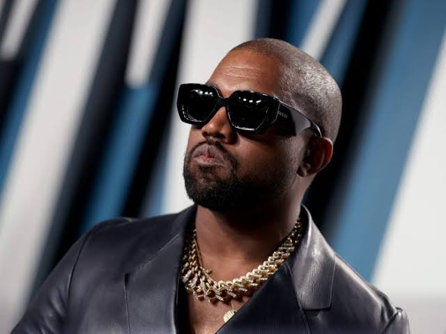 Kanye West Fires Engineer For Oversleeping In Alleged Leaked Texts